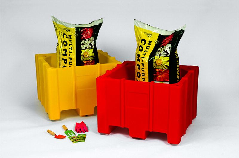 Plantscape vegeetable planter for schools