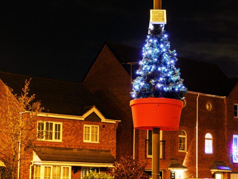 Lamp Post Christmas Tree